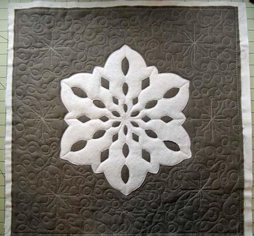 Snowflake Quilt Pillow Free Tutorial