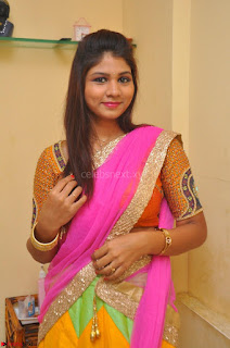 Lucky Sree in dasling Pink Saree and Orange Choli DSC 0335 1600x1063.JPG