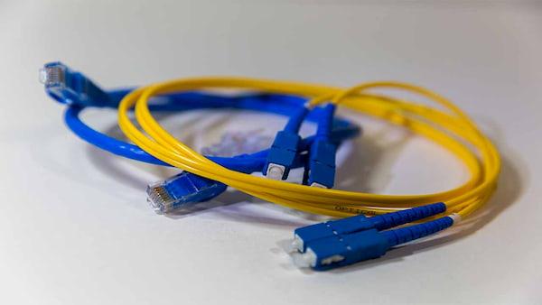 الأسباب الحقيقية لبطئ سرعة الانترنت وكيف تعرف السرعة الحقيقة بالتفصيل