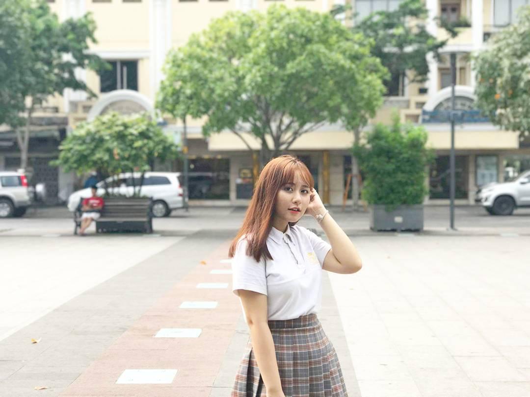 Ngắm ảnh hot girl Facebook Quỳnh Hani xinh đẹp