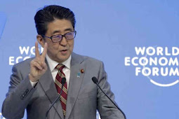 Shinzo Abe Seeks Trade Reform as Risks to World Economy Loom