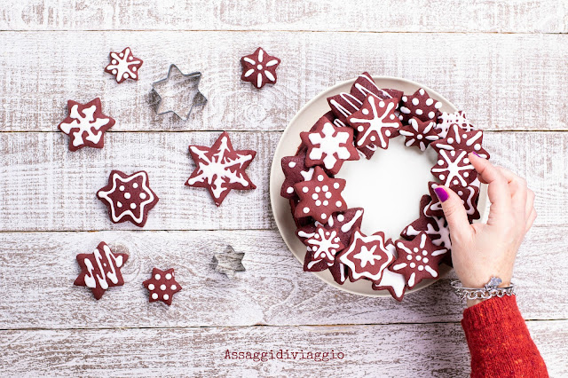 Christmas red velvet wreath tart