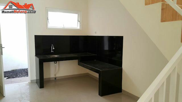 Rumah modern minimalis dijual di Malang