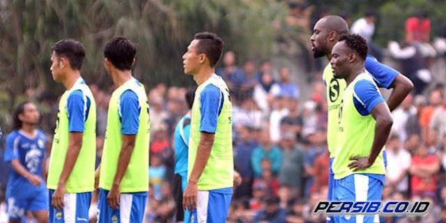 Essien dan Cole Kaget dengan Animo Bobotoh Saksikan Latihan Persib Bandung