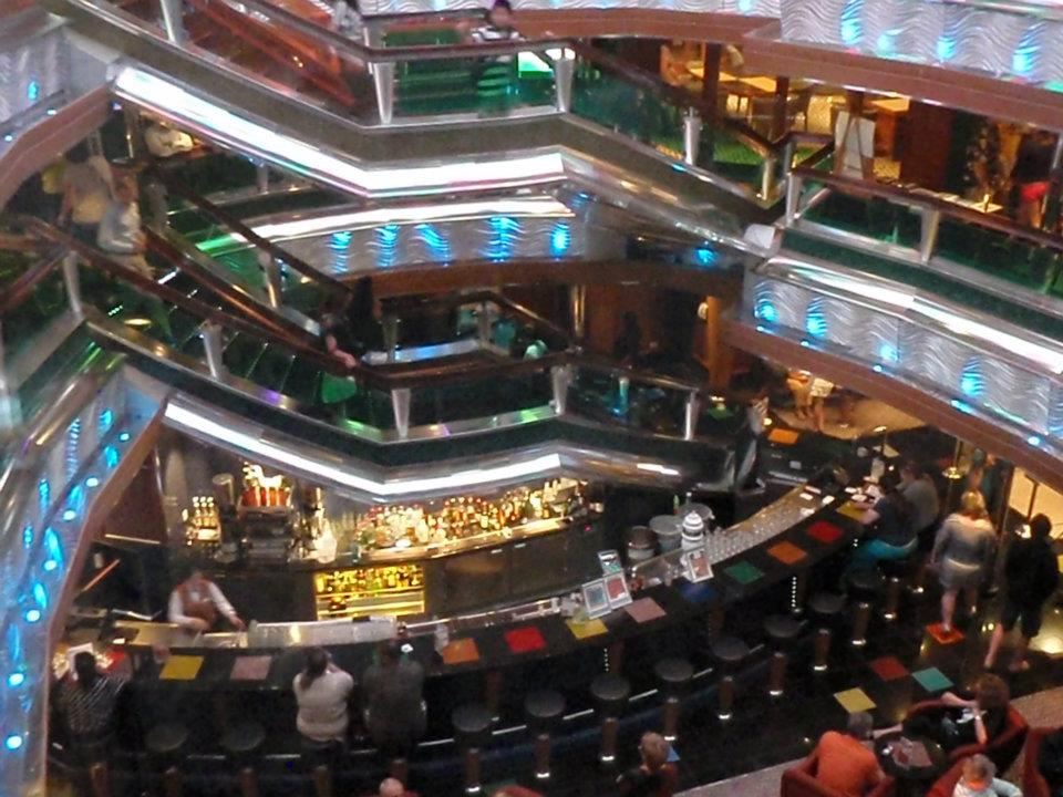 Ray's Cruise & Travel Blog: Carnival Glory