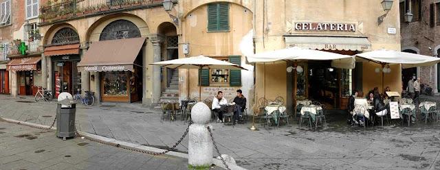 Sobre a Piazza San Giusto em Lucca