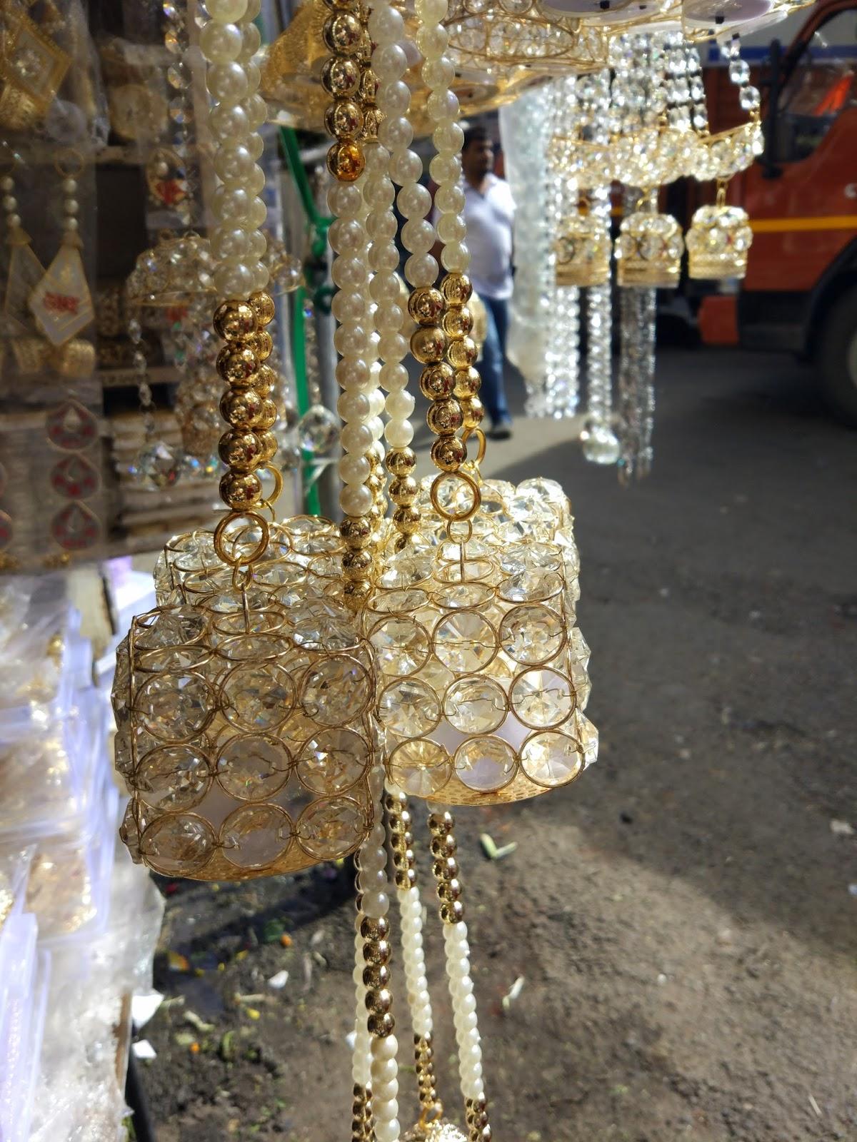 The Colorful Market Of Bhuleshwar Mumbai