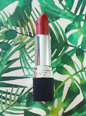 Avon True Colour Delicate Matte Lipstick in Bitten Apple