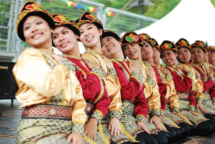 Seudati Dance, Traditional Dance from Aceh, Indonesia