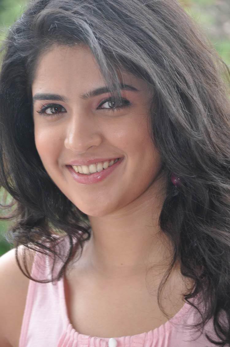 Deeksha Seth Latest Face Close Up Photos