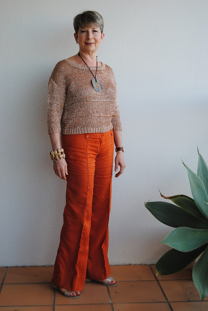 flared linen pants - a tribute to the 70's