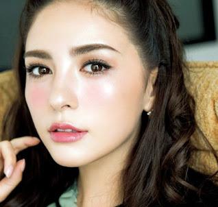 Model make up ala Jepang sakura