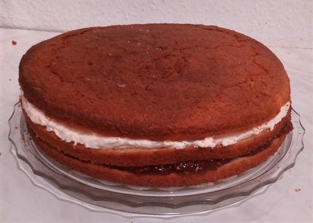 Gefüllte Torte