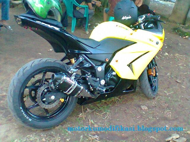 Modifikasi Ninja 4 Tak/ninja 250cc Merubah Warna Menjadi