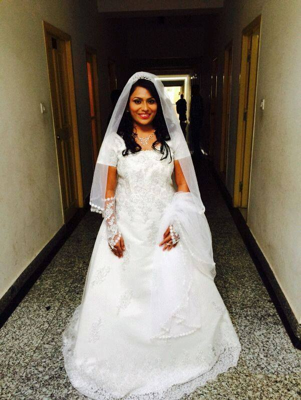 Wedding Gown by Pramila Dass Snap Style