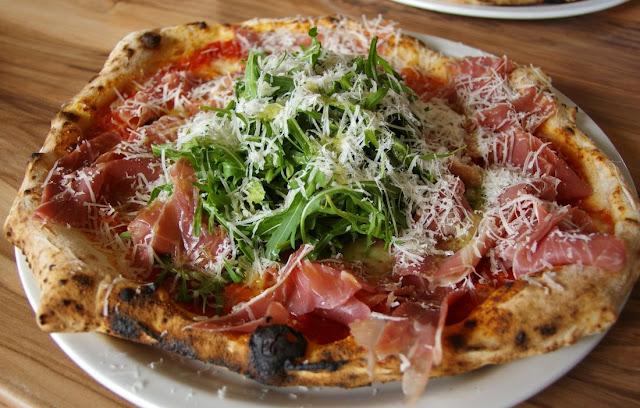 Pizzaiolo Micheluccio, Camberwell, pizza, prosciutto