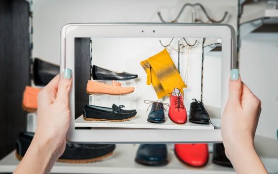 Letaknamaterlalumainstream: Your Tips of Shoes Online
