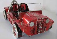 Manualidades con material reciclado - Carro hecho con latas