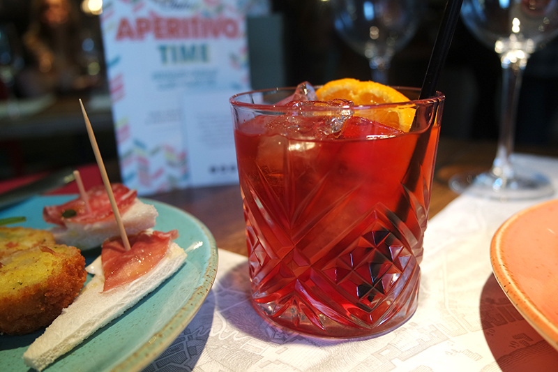 Italian Negroni Cocktail