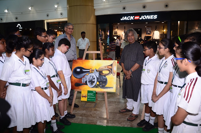 "Acropolis Mall organised art exhibition to highlight the need for ""Honk free"" Kolkata"