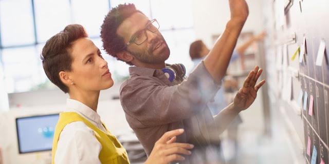 Strategi Vs. Eksekusi: Mana yang Lebih Penting bagi Kesuksesan Perusahaan Anda?