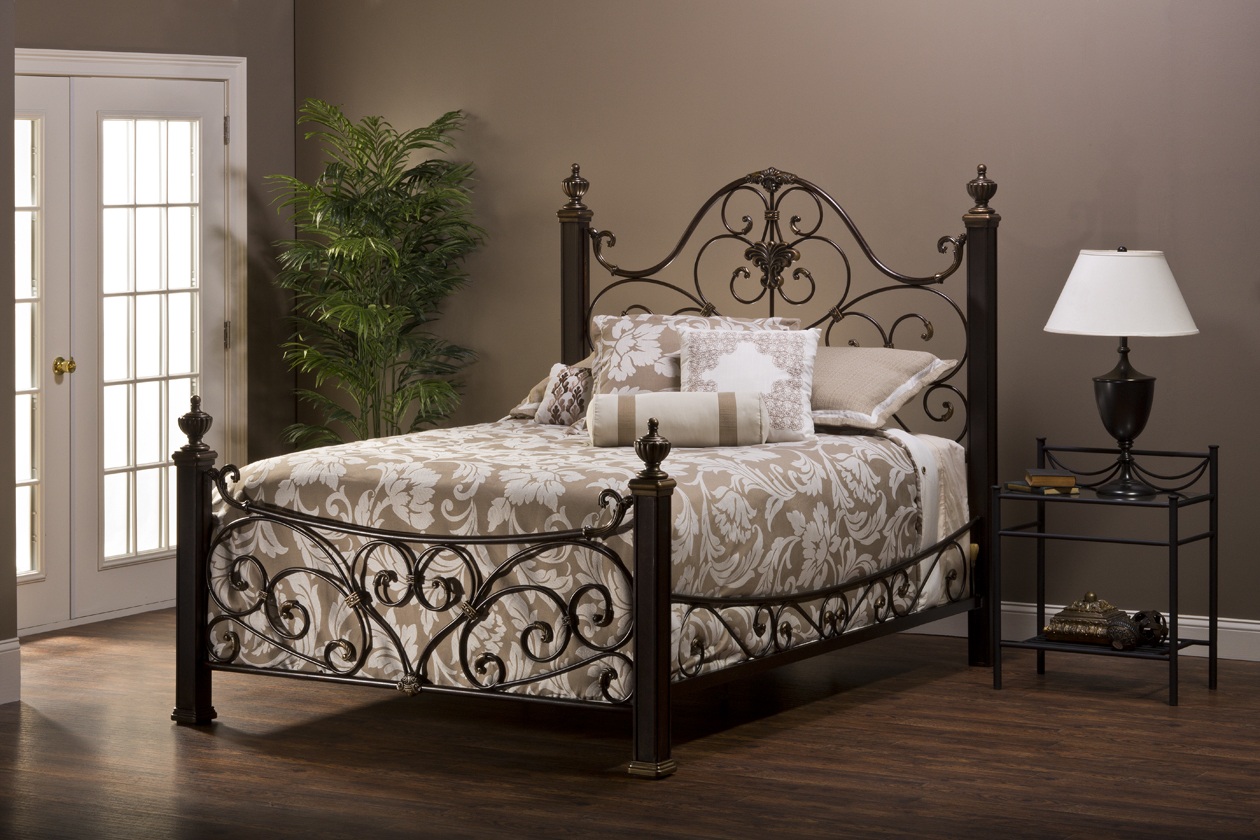 Home Priority: Antique Wrought Iron Bedroom Furniture Design Round Up