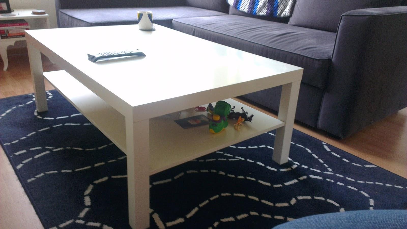 Ace the Adventure: IKEA Vrijdag: Lack Salontafel/Coffee Table