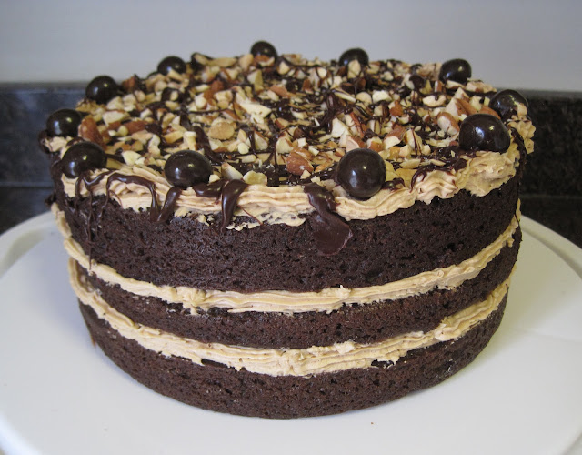 Vegan Chocolate Cake - Veega