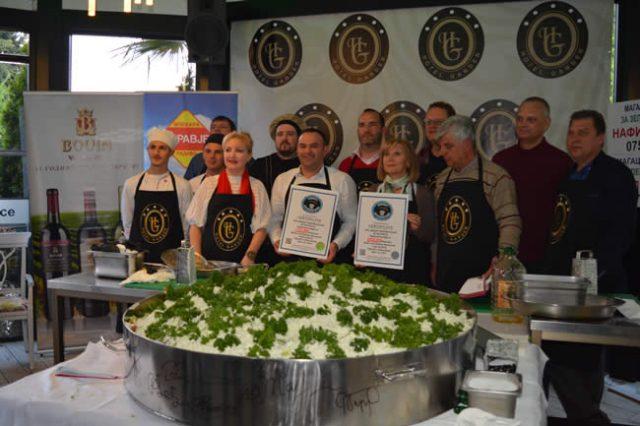 Guinness Rekord: 202 Kilogramm Shopska Salata in Ohrid