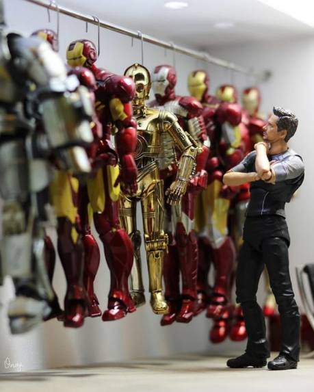 intruso no guarda roupa do tony stark