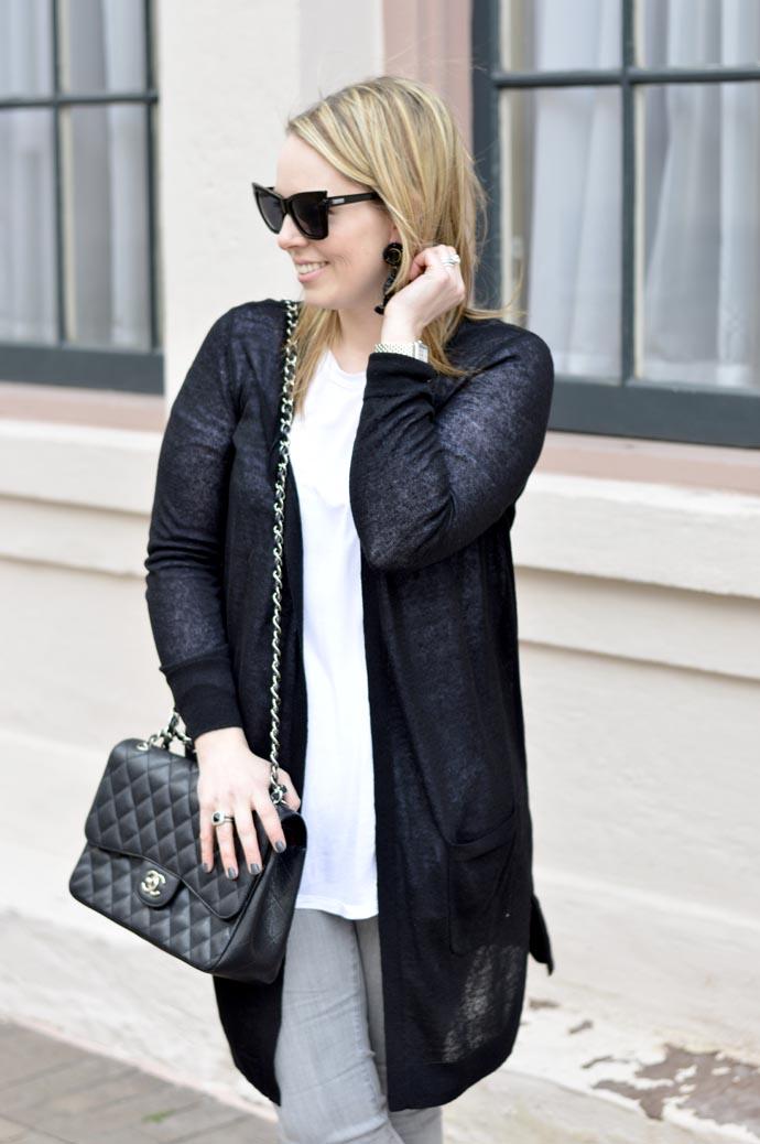 long-black-cardigan-outfit-idea