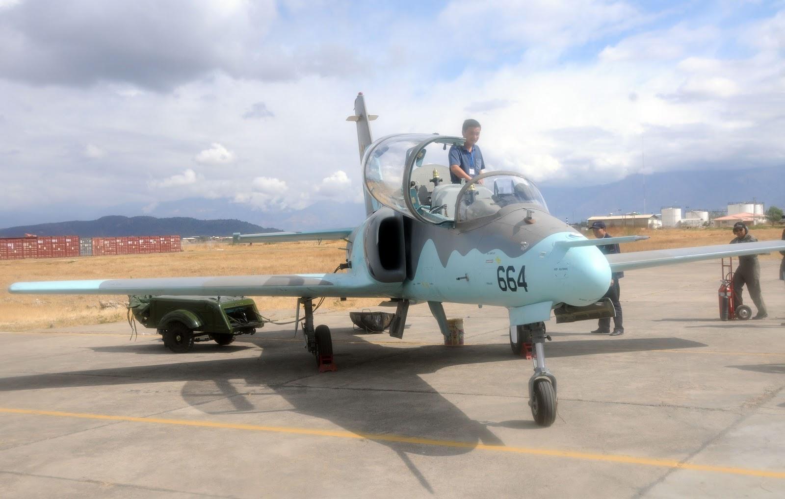Air+Force+Bolivia+JiaoLian-8+%2528JL-8%2529+K-8+Karakorum+Light+Attack+Jet+Trainer+Aircraft+Hongdu+Aviation+Industry+Corporation+%2528HAIC%2529+of+China+Aeronautical+Complex+%2528PAC%2529++Pakistan+Air+Force+%2528PAF%2529+People%2527s+Liberation+Army+Air+Force++%25284%2529.jpg