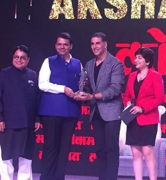 akshay-kumar-bags-social-influencer-of-the-year-award