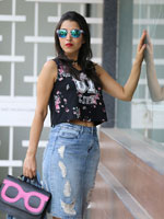 http://www.stylishbynature.com/2016/07/fresh-ways-to-wear-denim-skirt-fashion.html