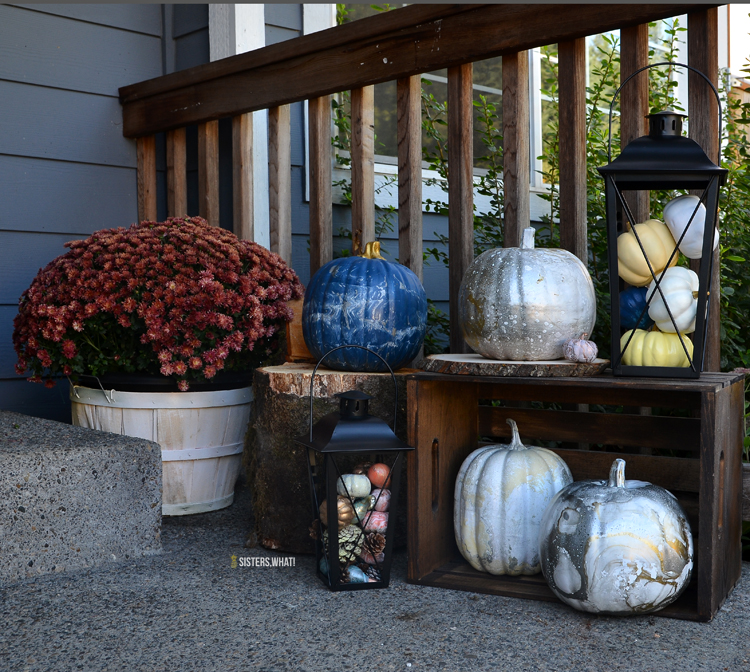 use fake pumpkin decoration for outdoor fall decoration; a great fall decorating idea