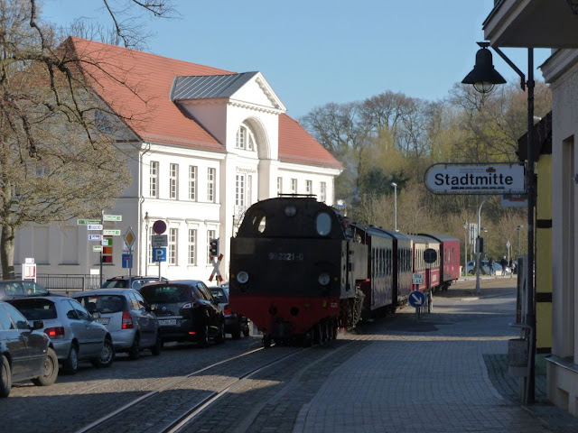 Gastbeitrag: Meine drei liebsten Orte an der Ostsee. Tipps und Empfehlungen für Ausfugs- und Urlaubsziele. Hier: Dampfeisenbahn Molli Bad Doberan Kühlungsborn