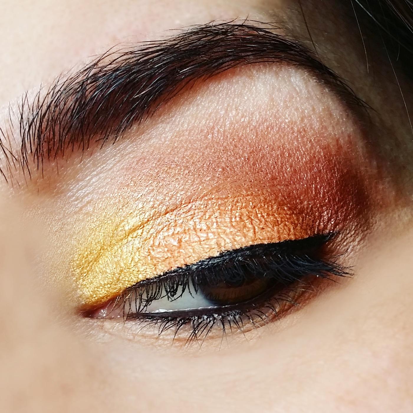 golden-makeup