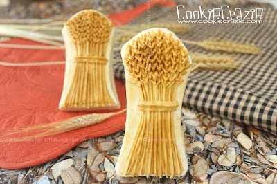 http://www.cookiecrazie.com/2015/09/wheat-sheaf-cookies-tutorial.html