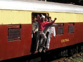 インドの電車(素材)