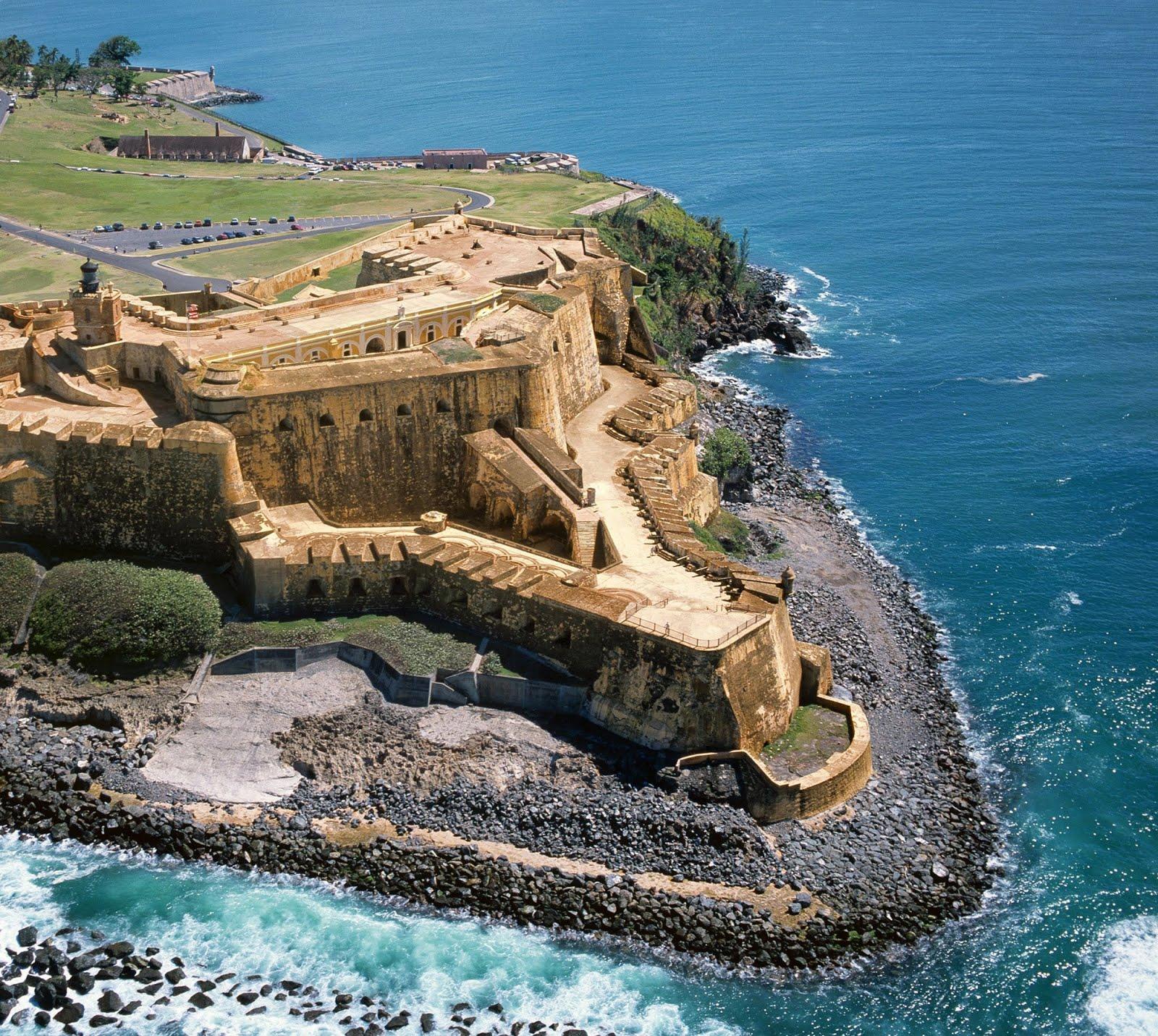 Resultado de imagen de castillo de los tres reyes magos del morro la habana