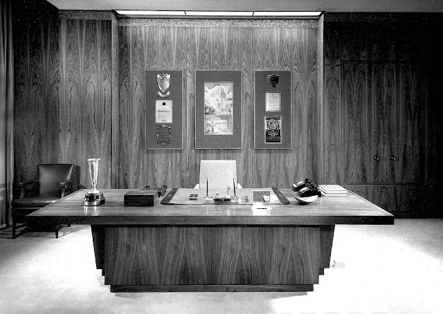 photograph of a 1958 hardwood office