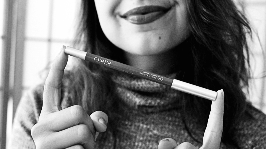 neo noir lip liner