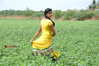 Uyirkkodi Tamil Movie Stills  0043.jpg