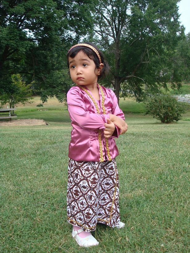 Baju Kebaya Modern Untuk Anak Yang Cantik Kumpulan Model