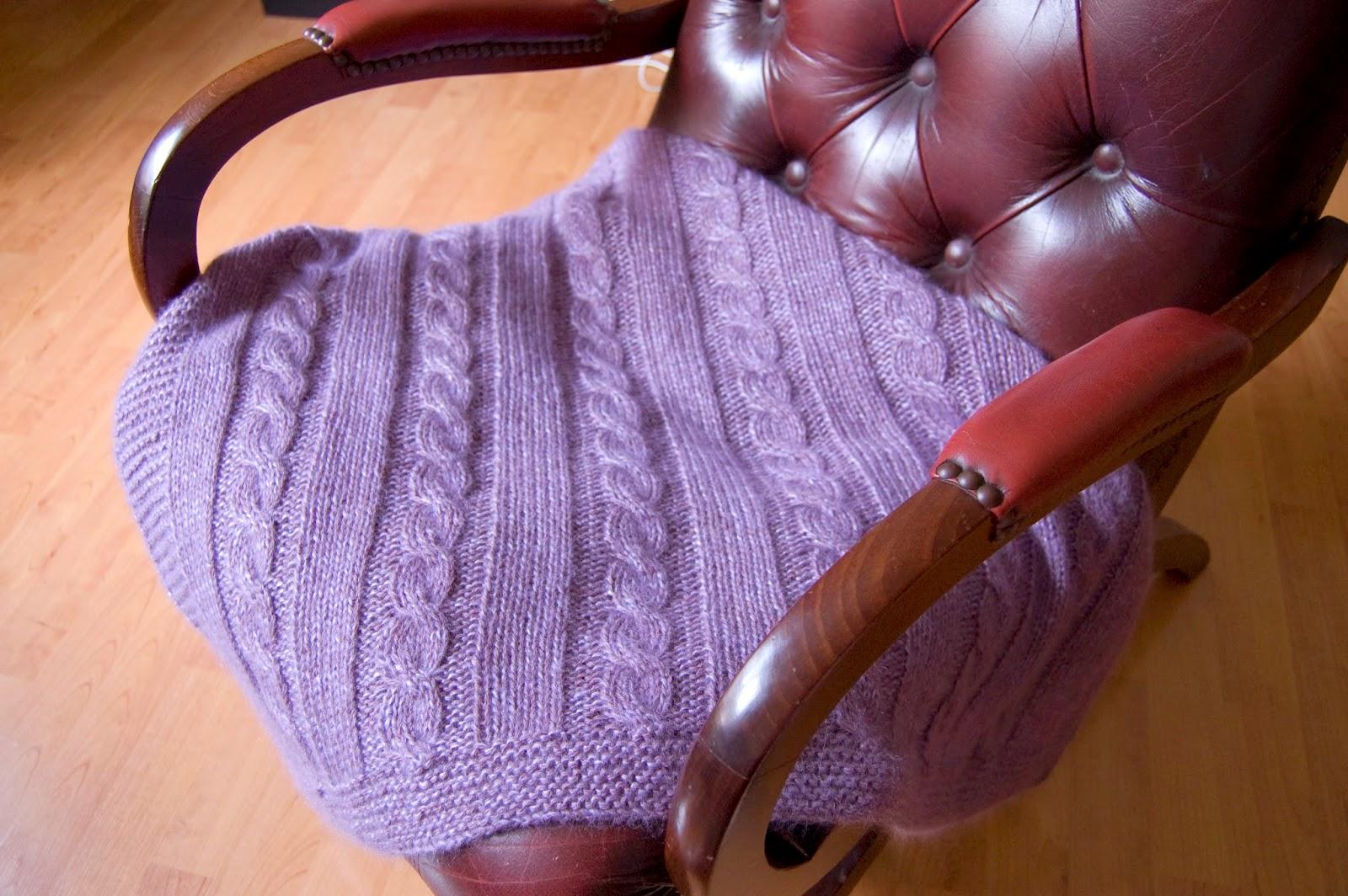 blog couture tricot mamzelle angele tricoter un plaid haut de gamme pour b b check. Black Bedroom Furniture Sets. Home Design Ideas