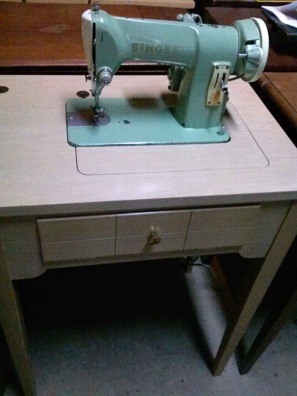 Craigslist Twin Cities >> Sewing Machine Mavin: Vacation in Paradise