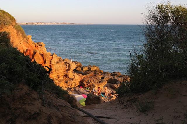 Playa de los miradores desde acantilado
