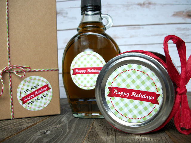 Happy Holidays Christmas gift label