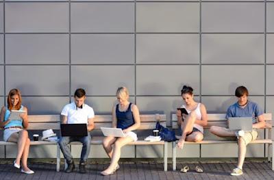 Inilah 9 Tanda Orang Kecanduan Media Sosial Medsos