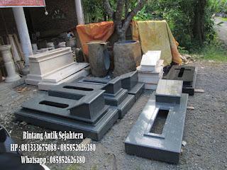 Di Indonesia dominan penduduknya beragama Islam 60 Model Kijing Makam Kuburan Islam, Kristen, Kristen Terbaru